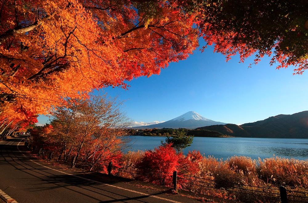 Визитная карточка Японских островов - Вулкан Фудзияма